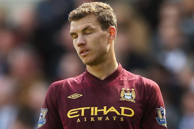 Borussia Dortmund Transfers: Is Edin Dzeko the Man to Replace Lewandowski?