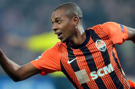 Fernandinho Wants Man City Move