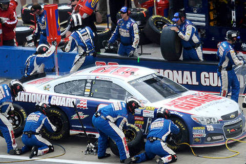 Earnhardt Jr. Endures Rough Outing