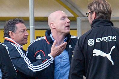 Bayern Munich and Borussia Dortmund Turn Phoney War into Feisty Feud