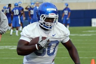 Redshirt Freshman RB Taylor Leaving UK