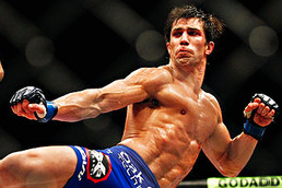 Rockhold Says Belfort 'main Culprit' for TRT, Calls for UFC Regulation