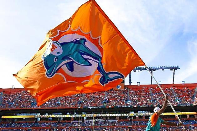 Dolphins CEO Says Team's Long-Term Future in Miami Is 'Bleak'