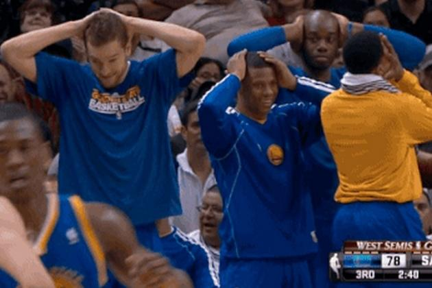 GSW Bench Can't Handle Steph Curry