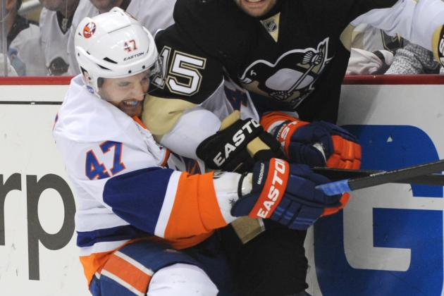 Report: Isles' Defenseman MacDonald Has Broken Hand