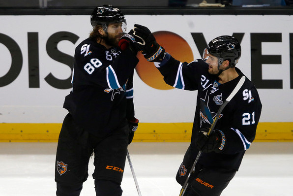 Sharks Beat Canucks 4-3, Sweep Series