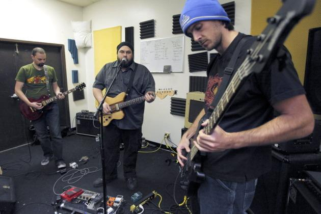 Chris Kluwe's Band Plays Farewell Gig at Cause in Minneapolis