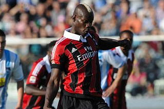 Super Mario Fires Brace to Take Milan Tally to 11 Goals in as Many Games