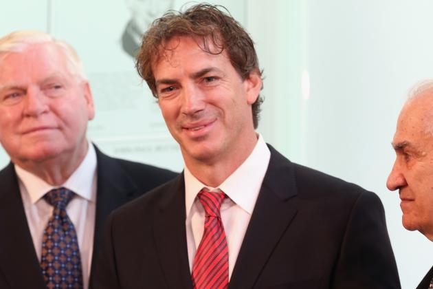 Report: Sakic to Take on Bigger Role in Avs Front Office