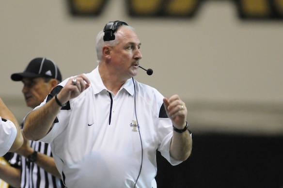 Former Idaho Coach Robb Akey Files Lawsuit Against Vandals