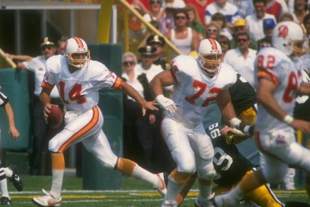 Testaverde, Wuerffel, Frazier Among College Hall Selections