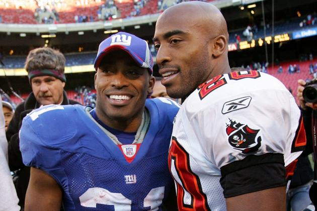 Ex-NY Giants Star Tiki Barber Asks Twin Brother Ronde Barber