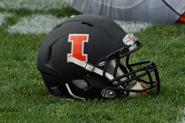 Illinois Offers Artavis Scott