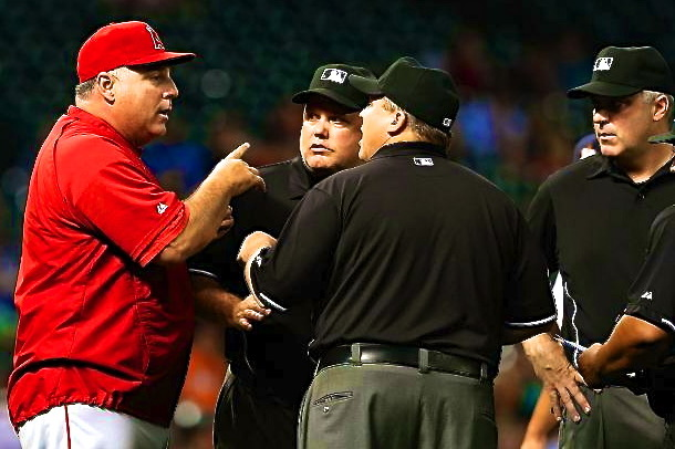 Twitter Reacts to Umpires Allowing Astros' Illegal Pitching Change vs. Angels