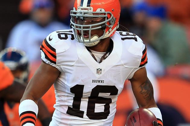 Report: Oakland Offers Cribbs Contract