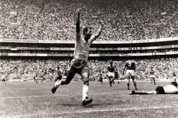 Brazil, Santos and NY Cosmos Legend Carlos Alberto Talks Lionel Messi and Neymar