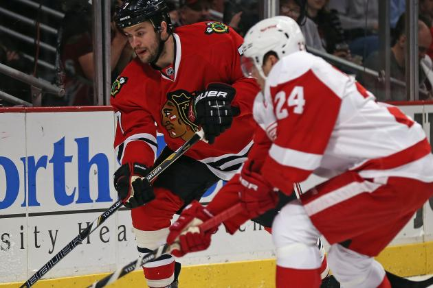 Blackhawks to Face Red Wings in Round 2