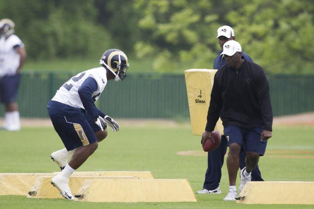 Are the St. Louis Rams Misusing Alec Ogletree?
