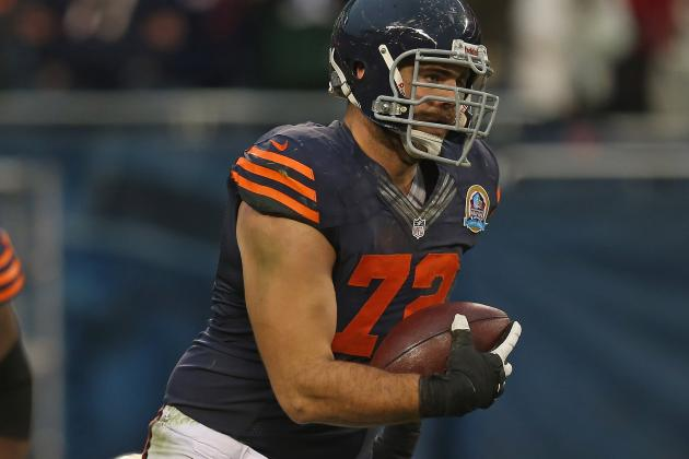 Sources: Bears' Carimi Misses First OTA