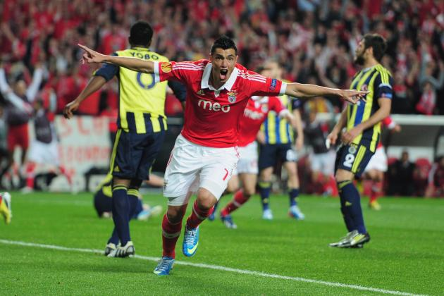 Why Oscar Cardozo Is the Benfica Player Chelsea Should Fear Most