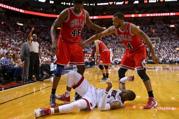 Breaking Down Dwyane Wade's Knee Injury: What Exactly Is He Dealing With?