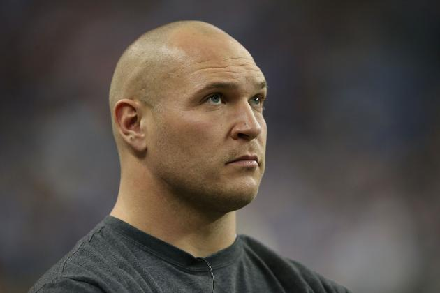 Brian Urlacher Isn't Currently Being Pursued by Minnesota Vikings