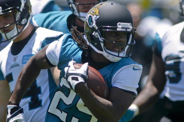 Jags Using Denard Robinson at Quarterback, Too