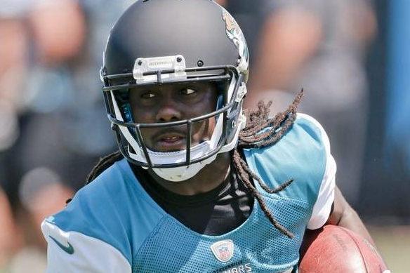 Reports: Ex-Michigan Star Denard Robinson Lines Up at QB for Jaguars