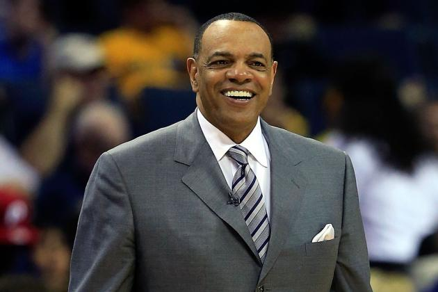 Grizzlies Fans Define 'Grit and Grind' for Coach Lionel Hollins