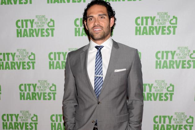 Steve Smith Clowns Jets QB Mark Sanchez with Sandwich Joke