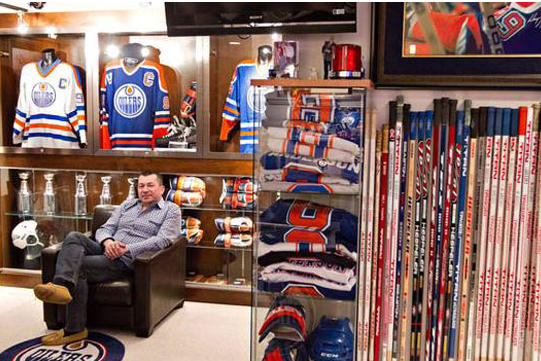 Photos: Greatest Collection of Gretzky Memorabilia Up for Auction