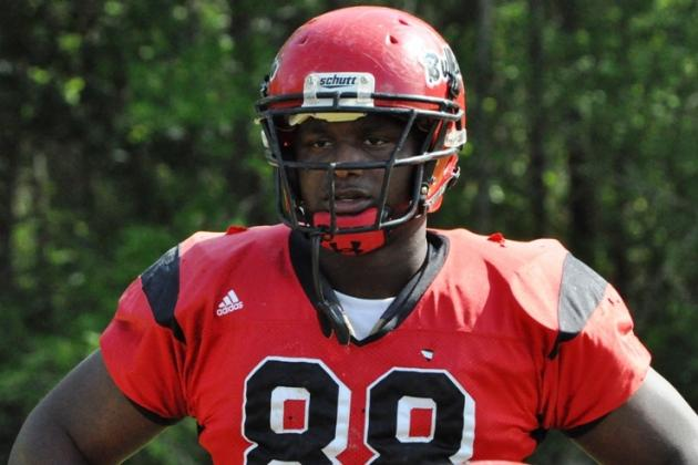 Which SEC Teams Hold Edge for No. 1 JUCO DE Davonte Lambert?