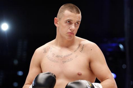 Wawrzyk Plans to Attack Povetkin in the 1st Round