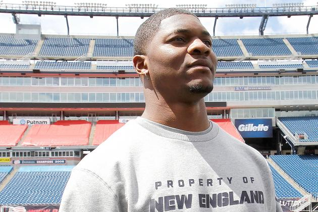 Patriots Sign Jamie Collins, Steve Beauharnais