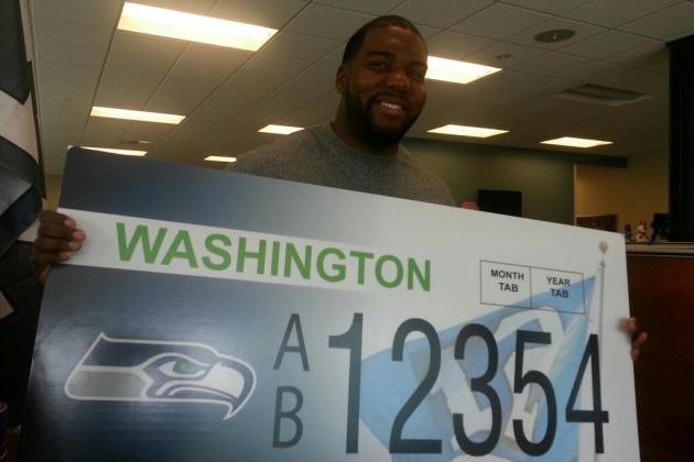 Seahawks and Sounders FC License Plates Available in January 2014