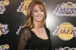 Jeanie Buss Says She Takes Kobe over Jordan