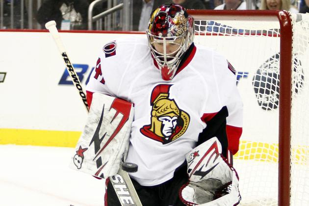 Robin Lehner Comes into the Game for Craig Anderson