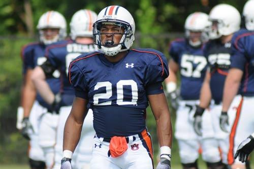 Auburn's Corey Grant Makes Moves to Slot Receiver