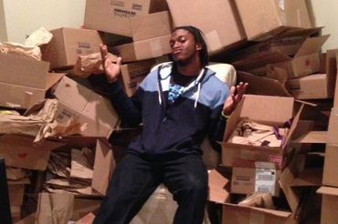 Robert Griffin III Receives Wedding Gifts from Fans