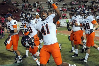 UTSA RB, His Dad Arrested and Charged