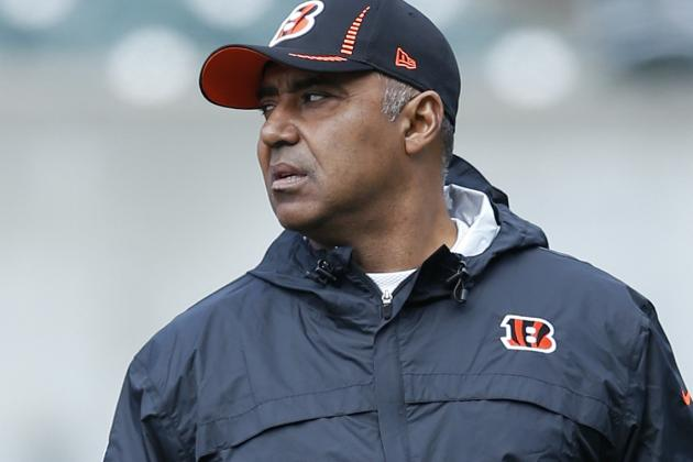 Video: Marvin Lewis Hits the Links