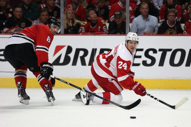 Red Wings Gird for 'response' from Blackhawks in Key Game Tonight
