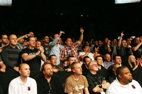 Bros, Booze and Boos: Are Americans the Worst MMA Fans in the World?