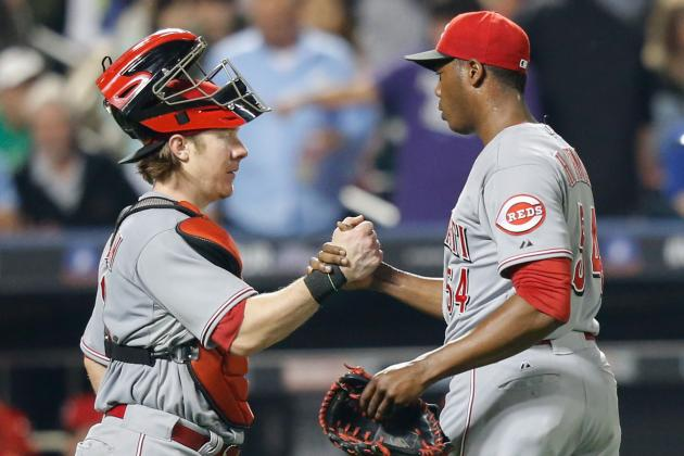 Reds Edge Mets in Series Opener