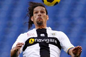 Amauri Signs New Parma Deal