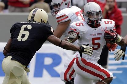 Report: Browns Claim Undrafted Rookie RB Miguel Maysonet off Waivers