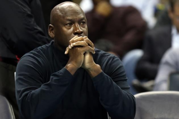 Michael Jordan Announces Bobcats to Change Name to 'Hornets'