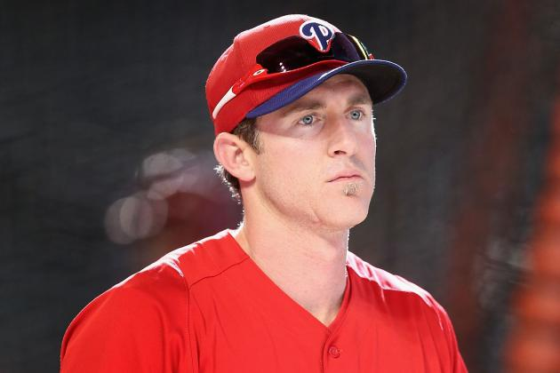 Chase Utley Scratched with Discomfort in Right Side