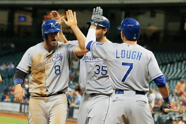 Royals Rally for 7-3 Win over Astros, Get Back to .500