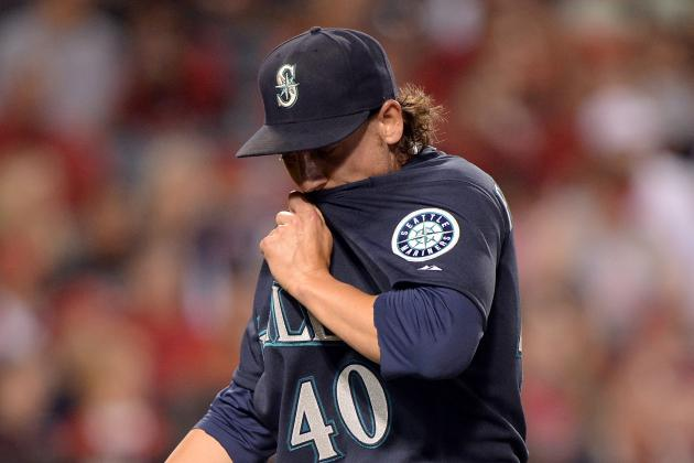 Mariners, Aaron Harang Routed by Angels